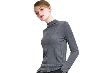 China Black Womens Knit Sweater , Women Knitted Sweater Round Neck Tight Jumper Pullover supplier